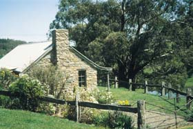 Adelaide Hills Country Cottages - Gum Tree Cottage - Accommodation Mermaid Beach