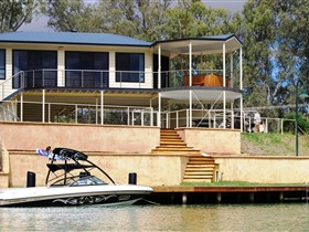 Cascades on the River - Accommodation Mermaid Beach