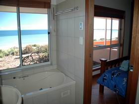 Ceduna Shelly Beach Caravan Park and Beachfront Villas - Accommodation Mermaid Beach