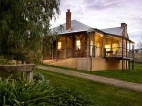 Longview Vineyard Homestead - Accommodation Mermaid Beach
