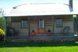 Brickendon Historic  Farm Cottages - Accommodation Mermaid Beach