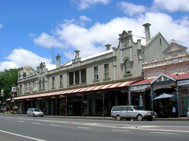 Commercial Hotel Camperdown - Accommodation Mermaid Beach