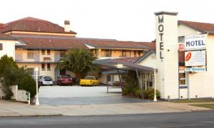 Cowra Motor Inn - Accommodation Mermaid Beach