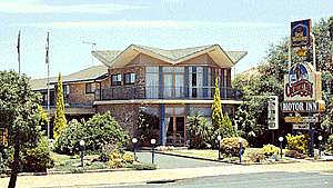 Countryman Motor Inn - Accommodation Mermaid Beach