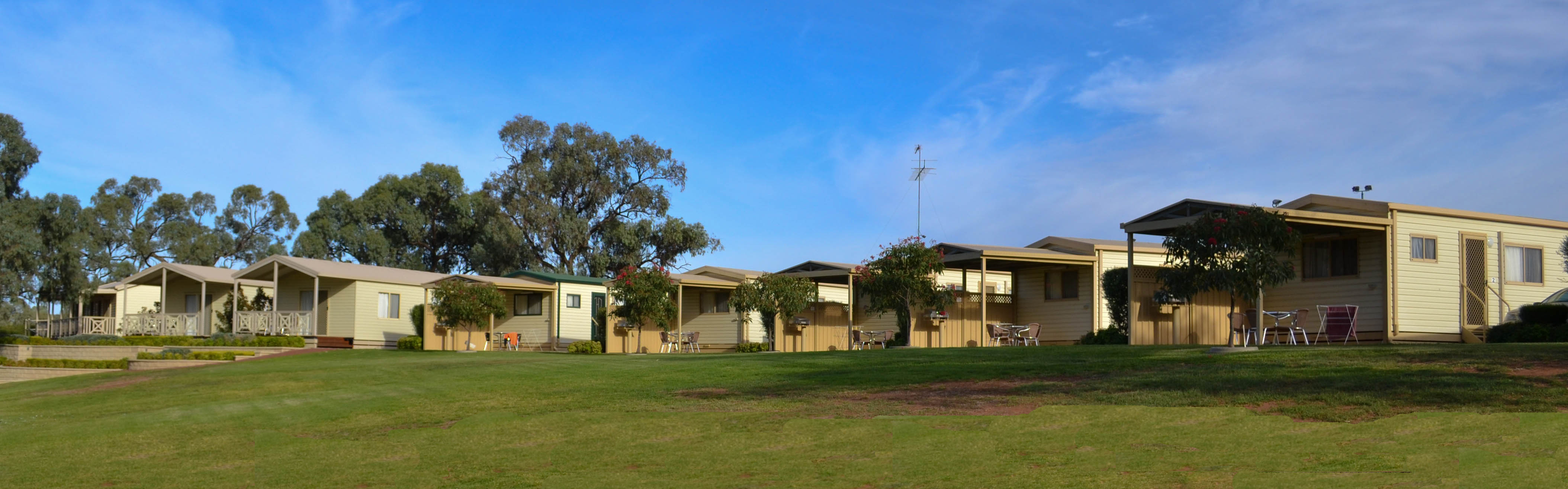 Euston Club Cabin Resort - Accommodation Mermaid Beach