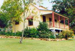 Mango Hill Cottages Bed  Breakfast - Accommodation Mermaid Beach