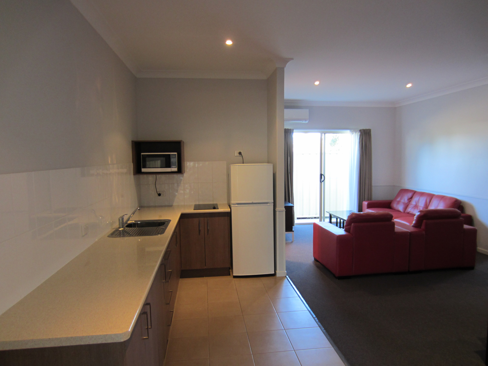 Roma Inland Motor Inn - Accommodation Mermaid Beach