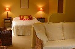 Santa Fe Luxury Bed  Breakfast - Accommodation Mermaid Beach