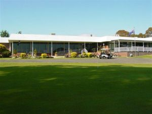 Tenterfield Golf Club and Fairways Lodge - Accommodation Mermaid Beach