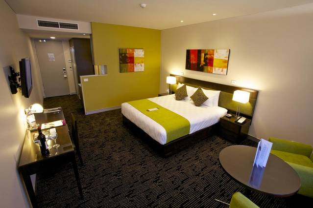 The Colmslie Hotel Suites  Conference Centre - Accommodation Mermaid Beach