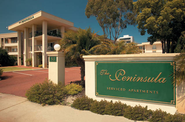 The Peninsula - Riverside Serviced Apartments - Accommodation Mermaid Beach
