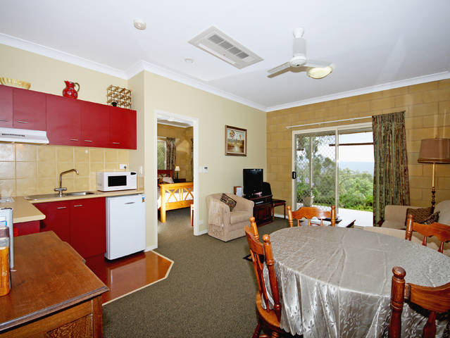 Wallaby Ridge Retreat - Accommodation Mermaid Beach