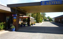 Nicholas Royal Motel - Hay - Accommodation Mermaid Beach