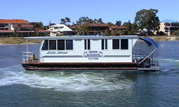 Dolphin Houseboat Holidays - Accommodation Mermaid Beach