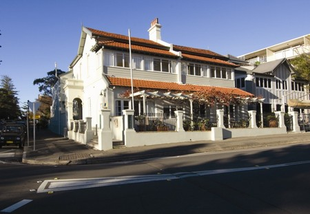 Periwinkle Guest House - Accommodation Mermaid Beach
