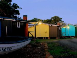 Lake Conjola Waterfront Holiday Park