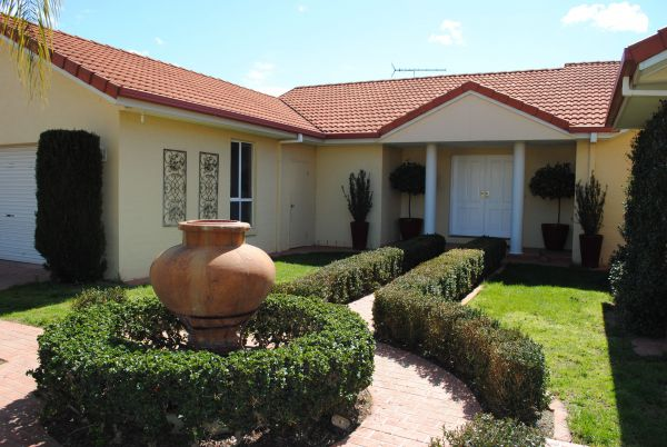 Casa Pizzini Bed and Breakfast - Accommodation Mermaid Beach