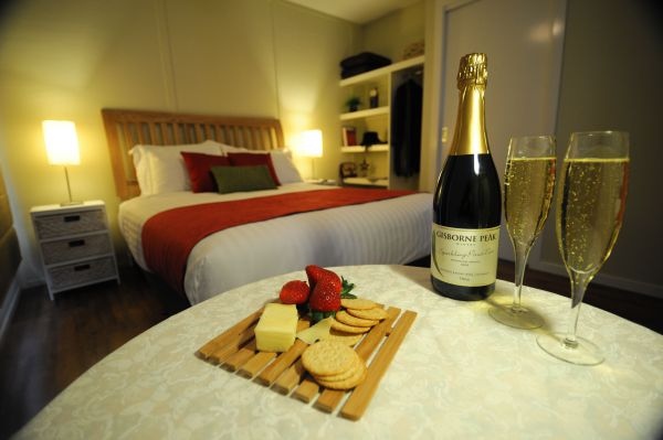 Gisborne Peak Winery  Cottages - Accommodation Mermaid Beach