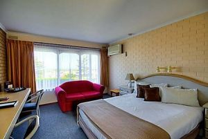 Raglan Motor Inn - Accommodation Mermaid Beach
