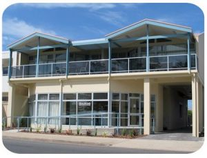Port Lincoln Foreshore Apartments - Accommodation Mermaid Beach