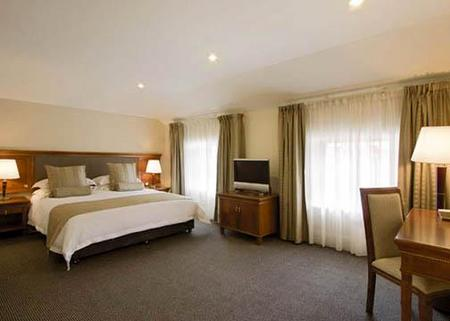 Clarion Hotel City Park Grand - Accommodation Mermaid Beach