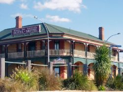 Streaky Bay Hotel Motel - Accommodation Mermaid Beach