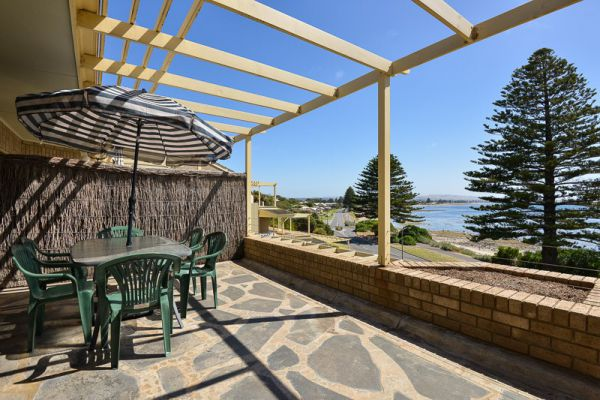 Breeze at the Bay - Accommodation Mermaid Beach