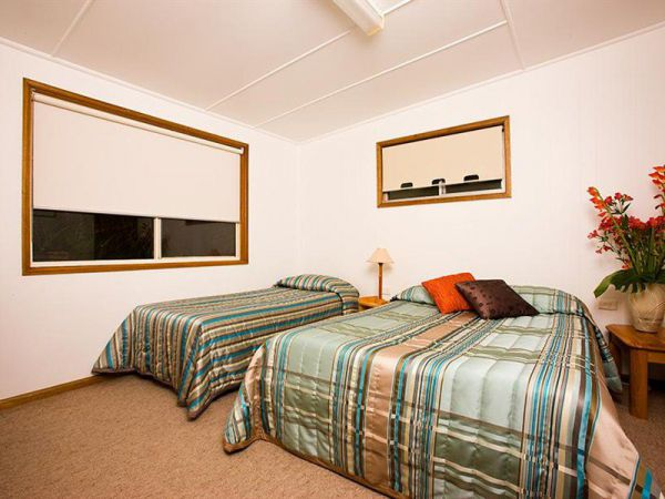 Somerset Apartments - Accommodation Mermaid Beach