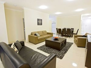 Astina Central Apartments - Accommodation Mermaid Beach