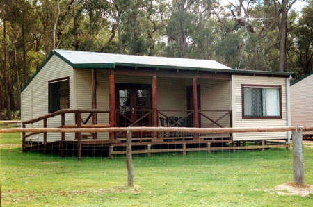 Cambray Cottages - Accommodation Mermaid Beach