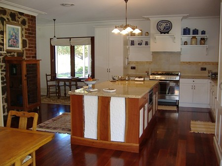 Poplar Cottage Bed And Breakfast - Accommodation Mermaid Beach