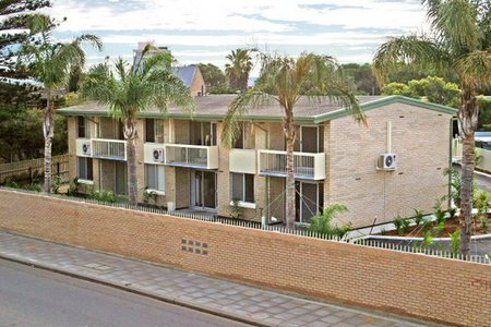 Como Apartments - Geraldton - Accommodation Mermaid Beach