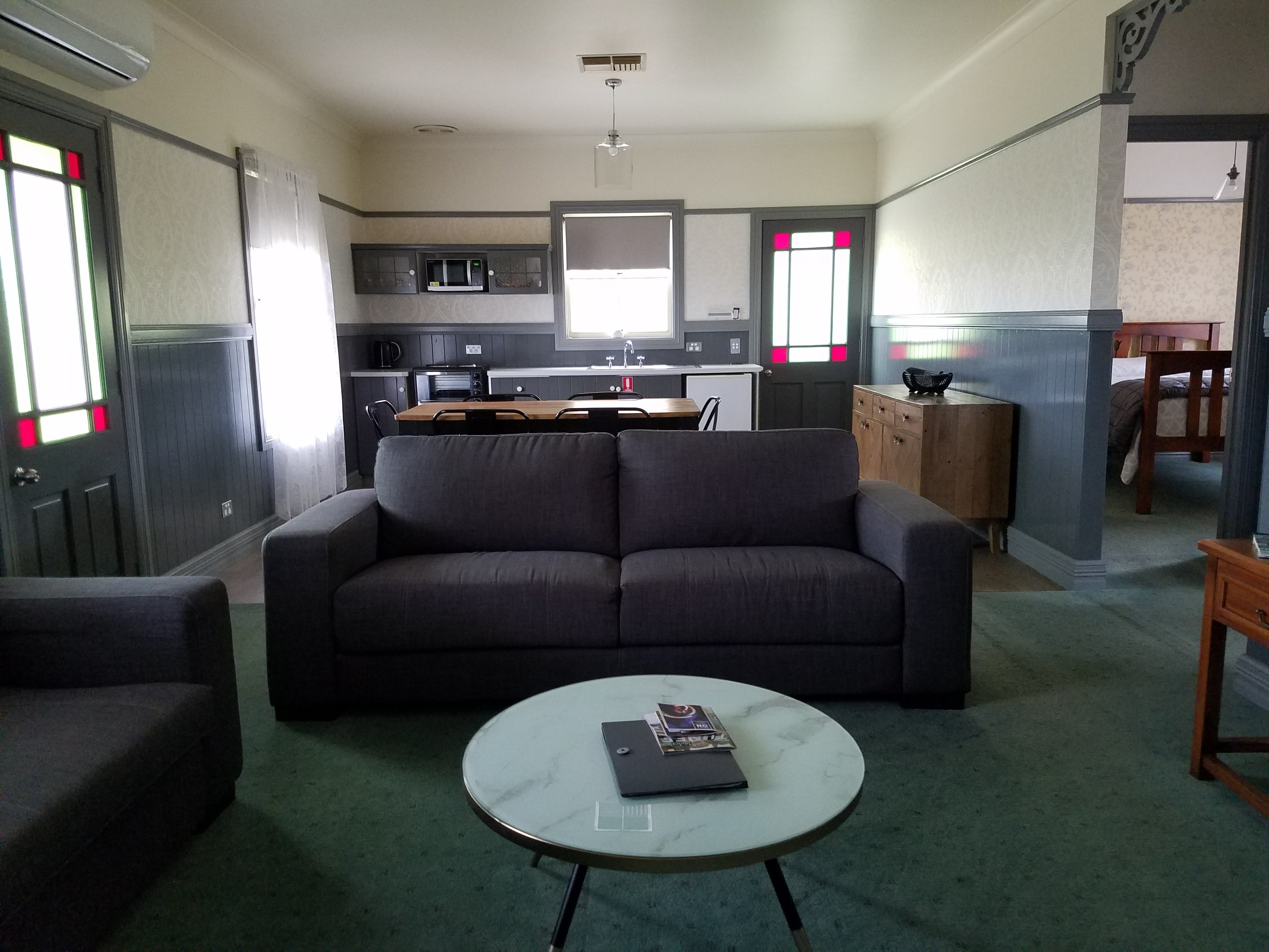 Wagga Wagga Country Cottages - Accommodation Mermaid Beach
