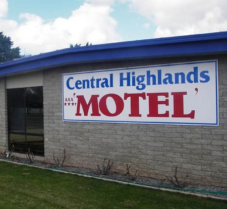 Central Highlands Motor Inn - Accommodation Mermaid Beach