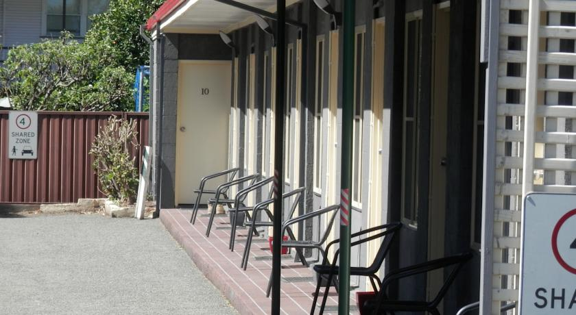 Benjamin Singleton Motel - Accommodation Mermaid Beach