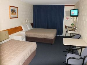 Central Motel - Accommodation Mermaid Beach