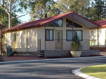 Sydney Getaway Holiday Park  Avina Van Village - Accommodation Mermaid Beach