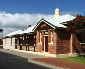Artgeo Cultural Complex - Old Courthouse - Accommodation Mermaid Beach