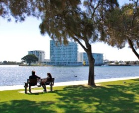 Foreshore Reserve - Accommodation Mermaid Beach
