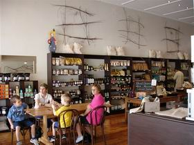 Blond Coffee and Store - Accommodation Mermaid Beach
