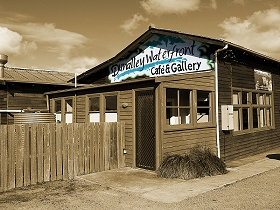 Dunalley Waterfront Cafe and Gallery - Accommodation Mermaid Beach