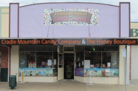 Cradle Mountain Candy Company and Honey Boutique - Accommodation Mermaid Beach
