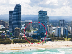 Oasis Shopping Centre - Accommodation Mermaid Beach