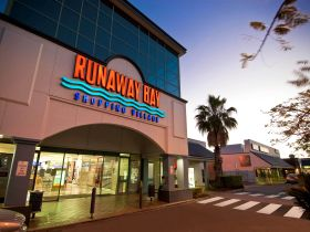Runaway Bay Shopping Village - Accommodation Mermaid Beach