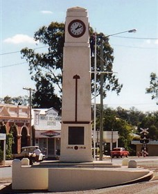 Goomeri War Memorial Clock - Accommodation Mermaid Beach