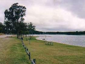 Storm King Dam - Accommodation Mermaid Beach