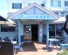 Breakers Cafe and Restaurant - Accommodation Mermaid Beach