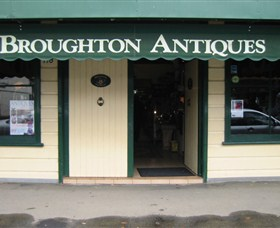 Broughton Antiques - Accommodation Mermaid Beach