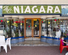 Niagra Cafe - Accommodation Mermaid Beach