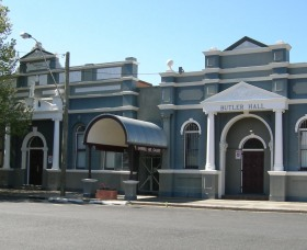 Inverell Art Gallery - Accommodation Mermaid Beach